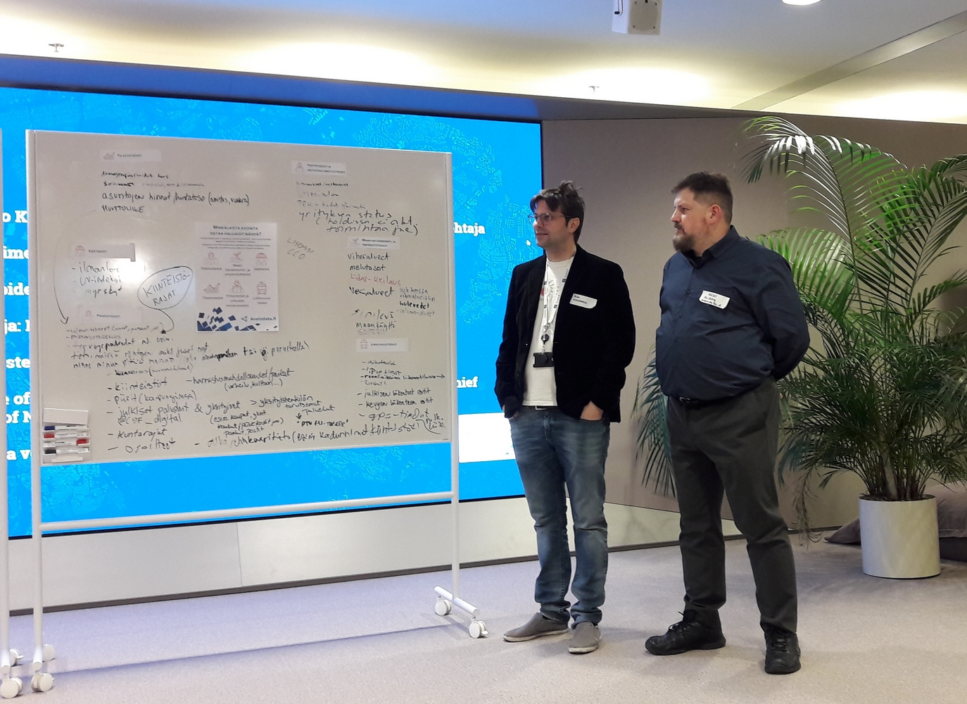 Avoindata.fi's service owner Mika Honkanen and product owner Anssi Ahlberg presented the dataset ideas to the crowd.
